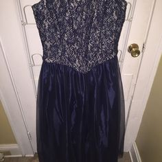 Blue Sparkle Dress Great for prom, weddings, or any other fancy event! Has a sparkly silver top with a blue bottom part which is more poofy (for lack of words). In good condition. Size 13/14, from Jessica McClintok from Dillards. If you have any questions please ask! Jessica McClintock Dresses Prom