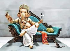 Clay Ganesha, Ganesha Painting, Saraswati Devi, Ganesh Chaturthi Images, Devon Ke Dev Mahadev, Hanuman Images, Ganesh Wallpaper, Ganesha Pictures, Cute Krishna