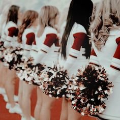 Cheer team, the most powerful female squad of Archibald Academy Cheer Team Pictures, Cheer Pics, Bff Pics, Bff Pictures, All Cheerleaders Die, Storyboard, High School Story, Caroline Forbes, Popular Girl