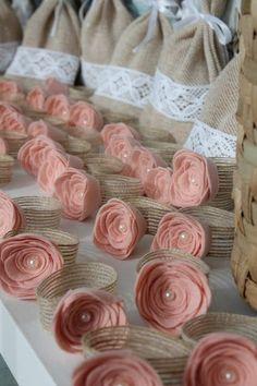 Craft Ideas for Rustic Wedding Felt Flowers, Fabric Flowers, Paper Flowers, Wedding Table, Diy Wedding, Lace Wedding, Wedding Favors, Rustic Wedding, Home Crafts