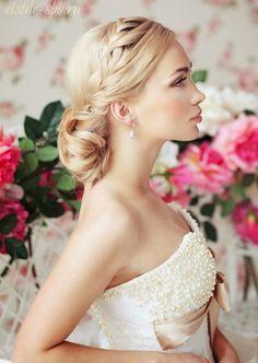Steal-Worthy Wedding Hair Ideas | bellethemagazine.com