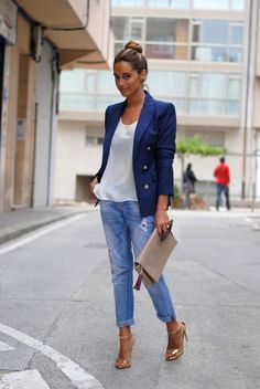 Blazer and boyfriend jeans never gets old
