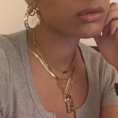Discover recipes, home ideas, style inspiration and other ideas to try. Cute Jewelry, Gold Jewelry, Jewelery, Jewelry Accessories, Gold Necklace, Jewelry Necklaces, Layering Necklaces, Bracelets, The Bling Ring