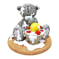 """""""Strawberry Surprise"""" Me to You Bear Figurine (May Pre-Order) £22.50 http://www.metoyouonline.com/details.aspx?pid=15431&referrer=fb"""