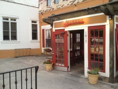 http://www.margotcafe.com/ Four Stars on Urban Spoon, best suggested for brunch.