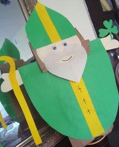 Saint Patrick Puppet Craft {And a Linky!} : Trinity/Saint Patrick Puppet Craft {And a Linky! Catholic Crafts, Catholic Kids, Catholic Saints, Catholic School, St Patricks Day Crafts For Kids, St Patrick's Day Crafts, Craft Activities For Kids, Preschool Crafts, Preschool Christmas