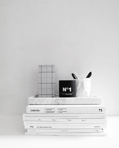 The Minimalist Home x marble tray and playtype candle