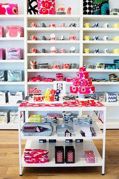 welcome to san francisco, / sfgirlbybay Shop Window Displays, Store Displays, Shop Interior Design, Store Design, Kitsch, Boutique Decor, Kitchen Shop, Lokal, Shop Organization