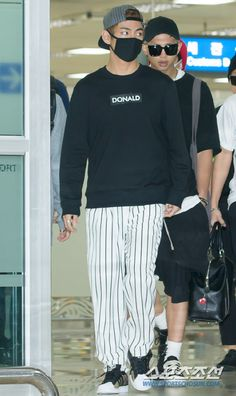 BTS Arrival tại sân bay Gimpo Từ Nhật Bản [150.914]