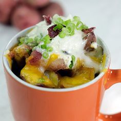Pin for Later: 23 Breakfast Hacks That Will Transform Your Mornings Indulge in fully loaded breakfast potatoes in a mug. Get the recipe: fully loaded breakfast-mug potatoes Breakfast In A Mug, Microwave Breakfast, Breakfast Potatoes, Breakfast Recipes, Breakfast Ideas, Hotel Breakfast, Brunch Recipes, Microwave Mug Recipes, Microwave Meals
