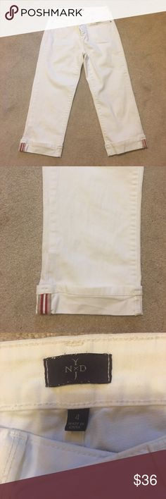 NYDJ white crop jeans. Size 4. NYDJ white crop jeans. Size 4. In excellent condition only worn twice. NYDJ Pants Ankle & Cropped