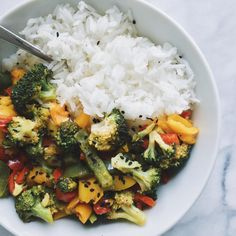 gigieatsvegan: Jasmine rice and veg stir fry