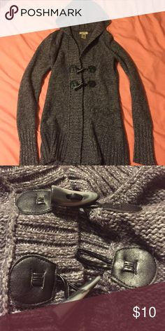 Arizona brand sweater with hood Medium weight heather gray sweater with beautiful button details. Coolest feature is it has a hood! Sweaters Cardigans
