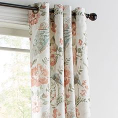 Unique Home Decor, Home Decor Items, Girl Curtains, Linen Upholstery Fabric, Curtain Patterns, Curtain Ideas, Classic Living Room, Grommet Curtains, Getting Organized