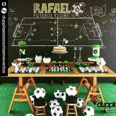 "67 Likes, 6 Comments - By Karen Lima Manaus/AM (@ideiasecarinhos) on Instagram: ""Pensem numa partida cheia de estilo!⚽ Decor by @dupplaassessoriaemeventos #decorfutebol…"""