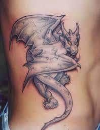 - This gallery of gargoyle tattoo designs got us wondering—what do gargoyle tattoos mean? Irezumi Tattoos, Tribal Tattoos, Kunst Tattoos, Bild Tattoos, Trendy Tattoos, Cool Tattoos, Awesome Tattoos, Tatoos, Dragon Tattoo With Skull