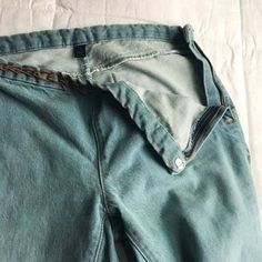 69e4dfd41d9 Side zipper feature in great condition INCLUDING HOOK.