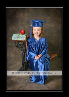 THIS IS WAY TOO CUTE! Pre k graduation pictures I need to remember this....