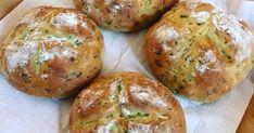 Mennyei Medvehagymás zsemle házilag recept! Baked Potato, Potatoes, Bread, Baking, Ethnic Recipes, Food, Potato, Brot, Bakken