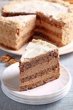 Orechová torta s kávou Best Chicken Recipes, Sweet Recipes, Cake Recept, Toffee Bars, Eclairs, International Recipes, Vanilla Cake, Good Food, Food And Drink
