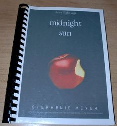 My very own printed version of Twilight's Midnight Sun. =) It gets even better: I have my very own printed version of Midnight Sun, translated in Dutch (by yours truly).