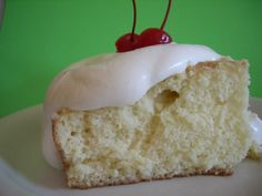 I wanted to make a simple, quick Tres Leches cake for my family. Too many recipes Id found called for fruit, or meringue, or coconut - which detracts from the rich milk flavor.