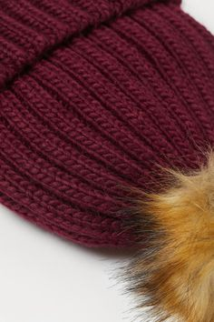 Cable-knit hat - Dark red - Kids | H&M GB 2 Beige Art, Cable Knit Hat, Fashion Company, Dark Red, World Of Fashion, Style Guides, Knitted Hats, Faux Fur, Applique
