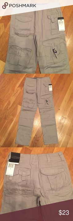 **New**Boys Gray Sean John Pants Brand new gray stylish pants....Pants are 31.5 inches long... Inseam is 23 inches.... Waist is 25 inches... Lots of pockets....Great for school uniform pants...Feel free to ask questions 😊 Sean John Bottoms Casual