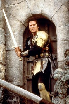 Willow (1988) Val Kilmer Willow Movie, Joanne Whalley, Val Kilmer, Best Hero, Batman Begins, Hero Movie, Arm Armor, Fantasy Movies, Jim Morrison