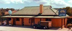 Koetong Vic: hotel (1985)