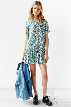 RYDER Alex Floral Drop-Waist Dress - Urban Outfitters
