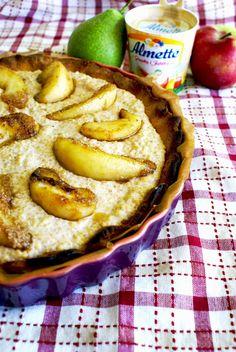 Tarta z karmelizowanymi gruszkami i jabłkami, z nadzieniem z kaszy jaglanej i serka Almette z Gruszką i Jabłkiem