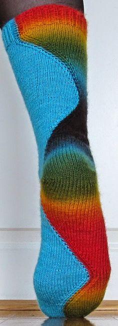 Disse er strikket i : Hot Socks Vintage 01 og Jawoll Magic Dégradé 0050