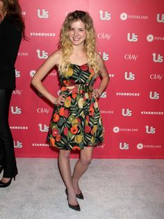Laura Slade Wiggins (and her awesome dress!!!!)