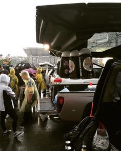 Pittsburgh #Steelers fans dont let the rain stop them from partying before the game! thanks @koozykap  #SuperTailgate #tailgate #tailgating #win #letsgo #gameday #travel #adventure #stadium #party #sport #ESPN #jersey #sports #league #SportsNews #score #photooftheday #love #Football #NFL