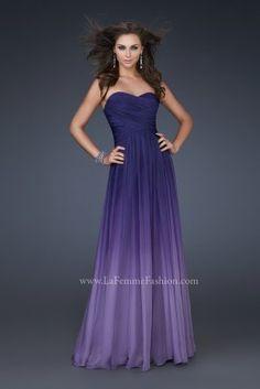 purple ombre bridesmaids dresses. it's a must ;)