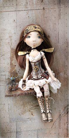 04.12.2012 Работа дня: Кукла Diana - Princess of Steampunk. Очень стильная коллекционная кукла в выразительном стимпанк-наряде с сияющими латунными крылышками.