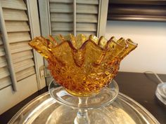 Vintage Amber Glass BUTTON and DAISY by VintageCreativeAccen
