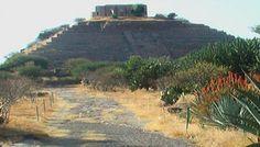 Piramide del Gran Cue, Queretaro México
