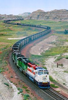 Montana ... Tren del carbón de Dakota del Norte hacia el este