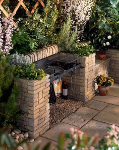 Beautiful Outdoor Bbq Griller In 2019 Bbq Area Garden Backyard Patio, Backyard Landscaping, Barbecue Ideas Backyard, Bbq Diy, Garden Bbq Ideas, Modern Backyard, Easy Garden, Garden Projects, Landscaping Ideas
