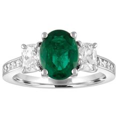 AGL Certified 1.55 Carat Oval Emerald Three-Stone Diamond Gold Ring 1