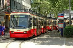 ZVV S18 Forchbahn in Zürich Stadelhofen, CH