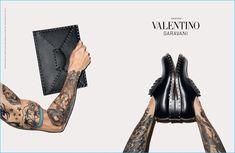 Valentino-Garavani-2016-Fall-Winter-Campaign-Rockstud.jpg (800×521)