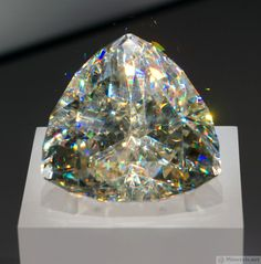 Largest Faceted Cerussite Gem in the World Cerussite is one of the only gems with adamantine (diamond-like) luster.Cerussite is one of the only gems with adamantine (diamond-like) luster. Minerals And Gemstones, Crystals Minerals, Rocks And Minerals, Stones And Crystals, Gem Stones, Gems Jewelry, Gemstone Jewelry, Gem Diamonds, Rare Gems