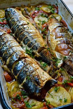 Fish Recipes, Recipies, Jacque Pepin, Romanian Food, Tasty, Yummy Food, Fish And Seafood, Soul Food, Food To Make
