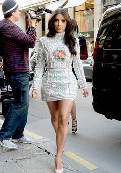 45d5b80e Kim Kardashian In Balmain Fall 2012 Floral Embellished Turtle Neck Dress
