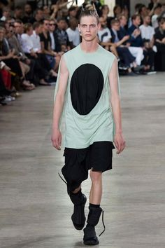 See the complete Rick Owens Spring 2016 Menswear collection.