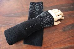 gothic wrist warmers with sculls