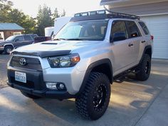 4Runner Trail edition. Me likey.